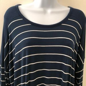 Old Navy long sleeved T-shirt; navy blue w/stripes